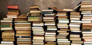 """Mille libri in dono alla scuola """"B. Simone"""" di Cascia"""