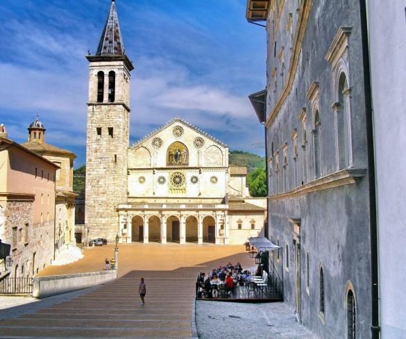 Il Comune di Spoleto si scusa per l'auto che ha bloccato il passaggio