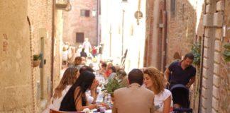 """Mille & una Umbria"": pranzo itinerante, tra musica, arte e saperi"