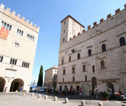 palazzo_vignola_todi