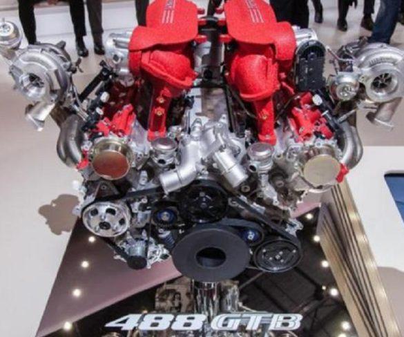 Da Assisi il pezzo di un motore per una Ferrari 488 Gtb