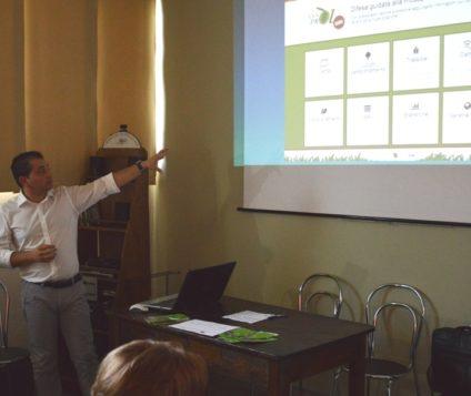 Assoprol Umbria presenta il sistema di lotta alla mosca olearia