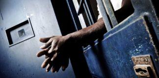 Morto il detenuto marocchino impiccatosi in cella