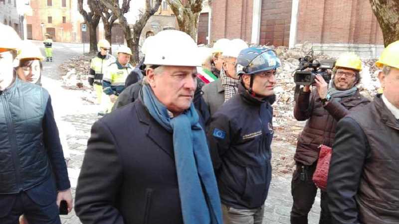 Sisma: Tajani e Navracsics in visita a Norcia