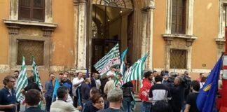 Ex Fcu: la protesta di lavoratori e sindacati