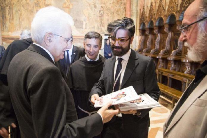 A Mattarella una copia della rivista San Francesco. E' stata consegnata in occasione della visita del Presidente alla Basilica di Assisi.