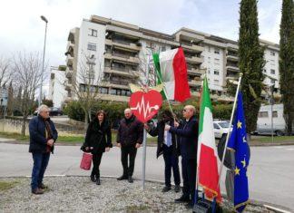 """Gli """"Angeli del Cuore"""" di Perugia donano la loro rotatoria a S. Lucia"""