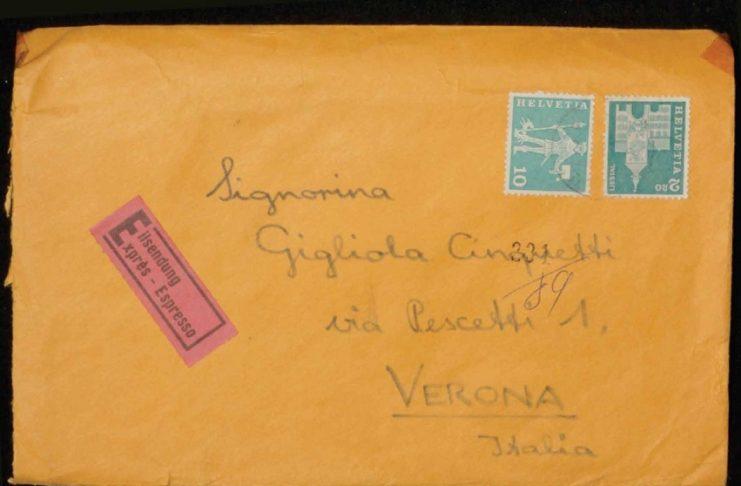 """Italiani """"sfortunatamente"""" all'estero, oltre 140 mila lettere a Gigliola Cinquetti"""